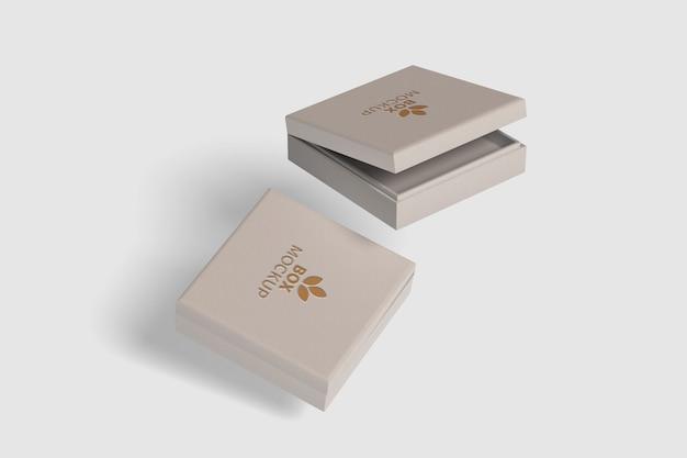 Крупным планом на изолированном макете квадратной коробки