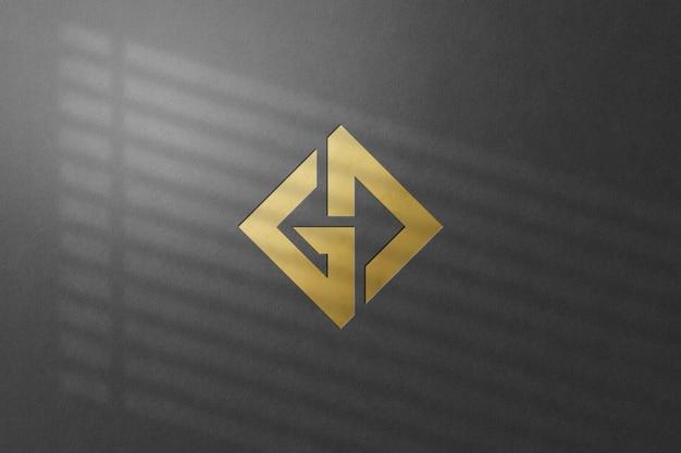 分離された壁のロゴのモックアップのクローズアップ