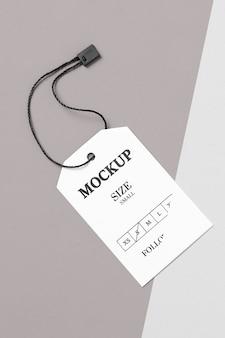 Макет бирки размера одежды белый