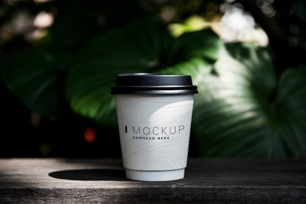 Coffee cup mockup on the table
