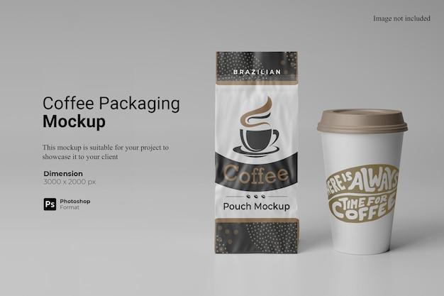 分離されたコーヒー包装モックアップデザイン