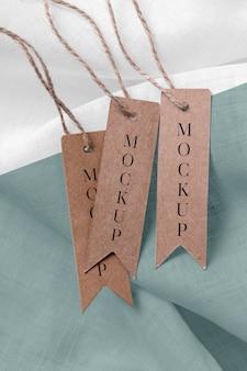 Raccolta di tag mock-up di abbigliamento