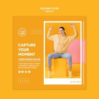 Красочный шаблон квадратного флаера дигитализма с фото