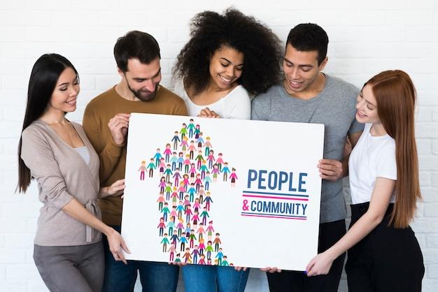 コミュニティの民族的概念のモックアップ