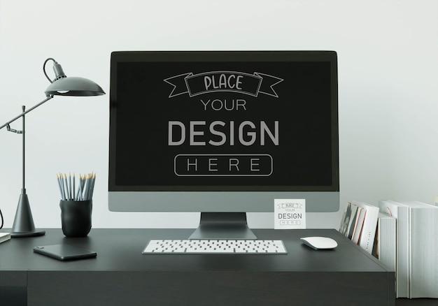 작업 공간 모형의 테이블에 컴퓨터