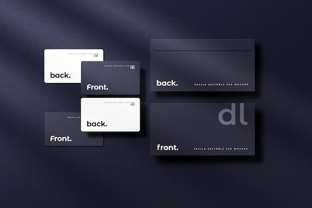 어두운 색상 모형의 기업 명함 및 dl 봉투