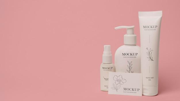Disposizione del modello di packaging cosmetico
