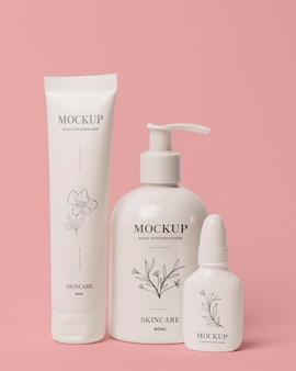 Assortimento di mock-up di packaging cosmetico