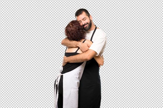 抱擁のカップル