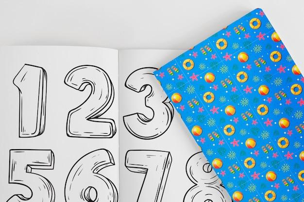 Обложка и бумажный макет