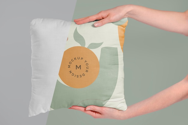 Уютный макет подушки из ткани