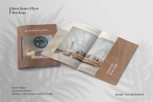 パンフレットや雑誌のカタログモックアップの創造的でミニマリストな上面図