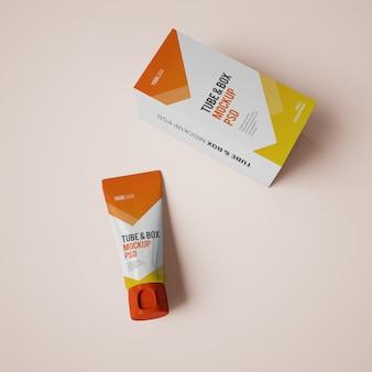 Кремовый тюбик и коробочный макет с редактируемым дизайном