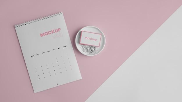 Креативный макет календаря