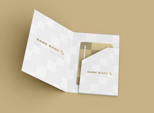 Кредитная карта в папке mocku