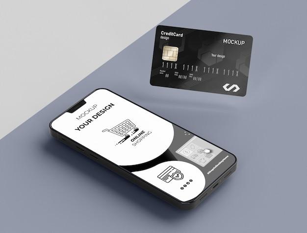クレジットカードはモバイルでモックアップ