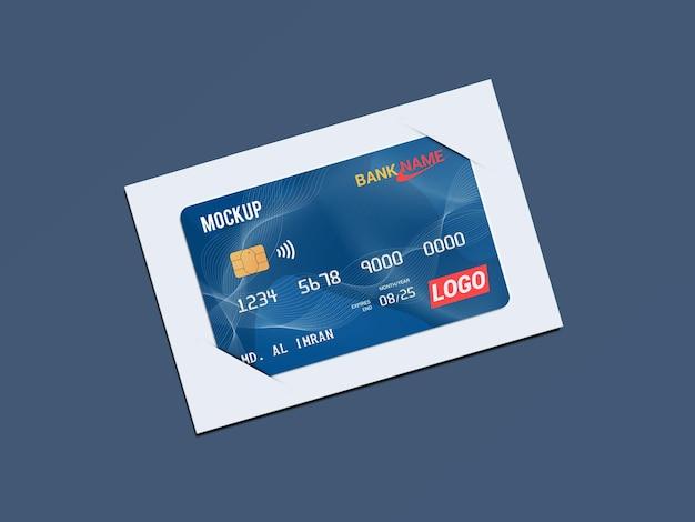 Дебетовая карта, смарт-карта, пластиковая карта в бумажных скобах, макет