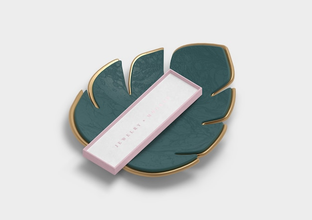 Decoration leaf with pink gift box
