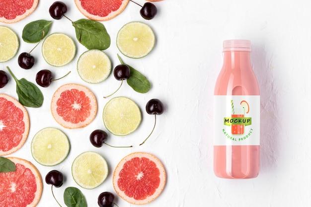 Mock-up di concetto di succo disintossicante delizioso