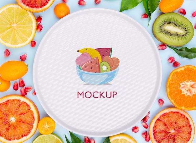 おいしい食べ物のコンセプトのモックアップ