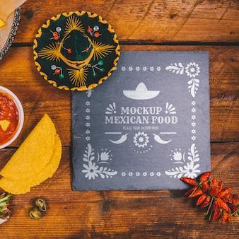 おいしいメキシコ料理のコンセプトのモックアップ