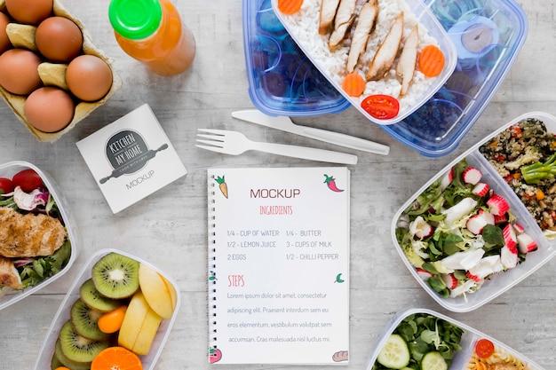 Вкусные натуральные продукты и блокнот