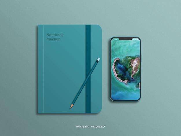 Мокап дневника с экраном смартфона