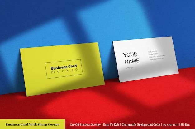 Двойная горизонтальная чистая корпоративная визитка с острым угловым макетом