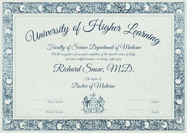 Редактируемый шаблон сертификата psd в роскошном ботаническом дизайне