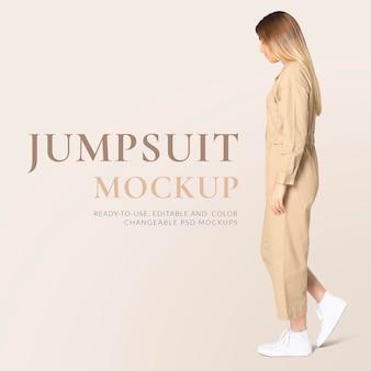 편집 가능한 점프 슈트 프로토 타입 psd 여성 거리 패션 광고