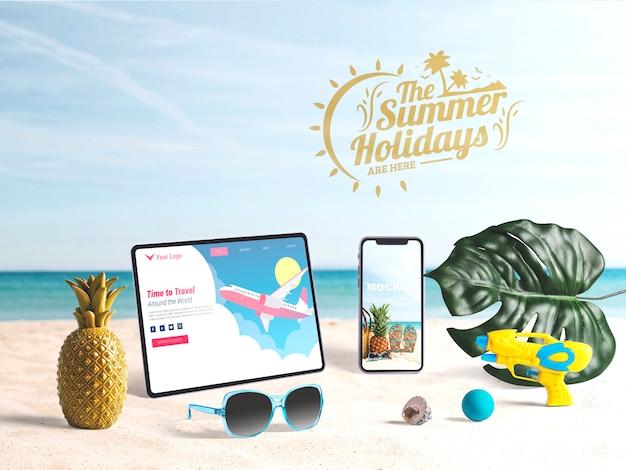 夏の要素を持つ編集可能なタブレットとスマートフォンのモックアップ