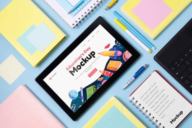 교육의 날 목업 태블릿 배치