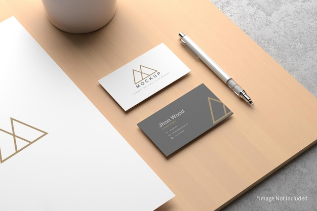 Элегантная визитная карточка с бумажным макетом формата а4