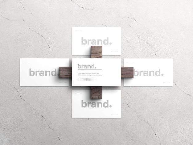 Элегантный белый макет визитки с эффектом высокой печати