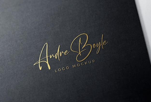 Мокап с тиснением золотой фольгой и логотипом