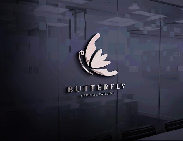 Макет тисненого логотипа на стеклянной стене