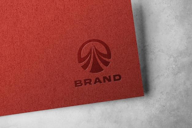 크래프트 종이에 양각 로고 모형