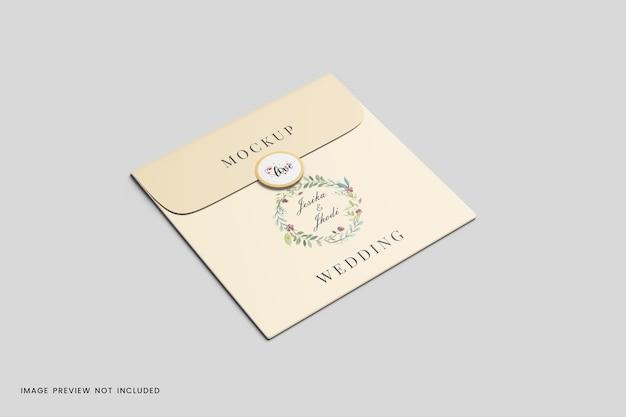 封筒カードの結婚式のモックアップ