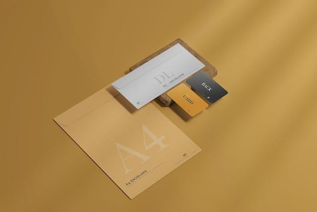 名刺のモックアップと封筒