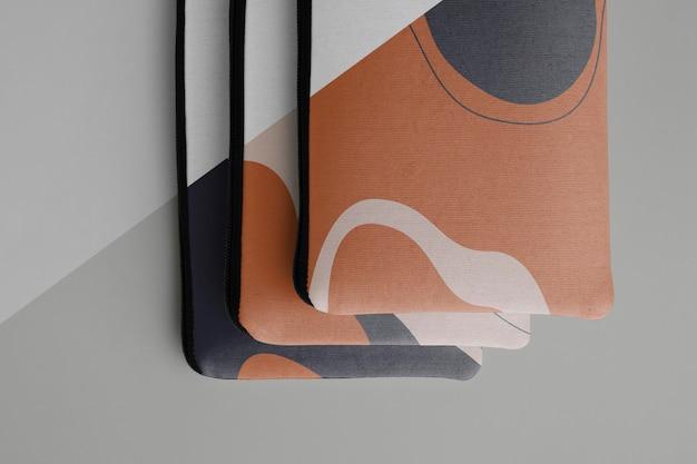 플랫 캔버스 파우치 목업 디자인