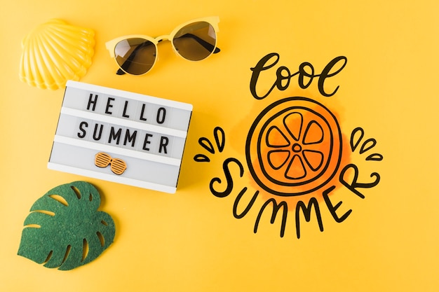 Flat lay copyspace mockup for summer concepts