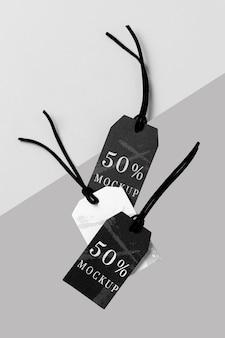 Disposizione mock-up piatta di etichette di abbigliamento in bianco e nero