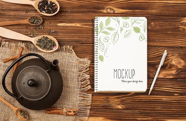 Плоский макет концепции травяного чая