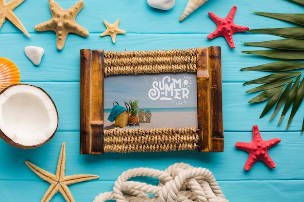 Flat lay summer holiday frame concept