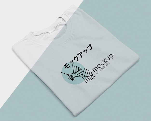 Flat lay of t-shirt concept mock-up