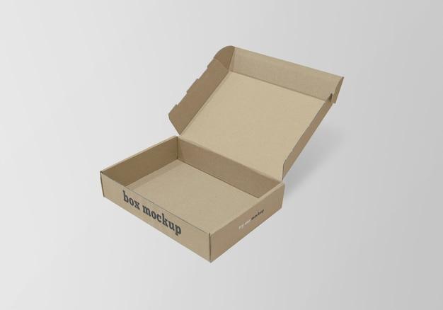 Изолированный макет бумажной коробки