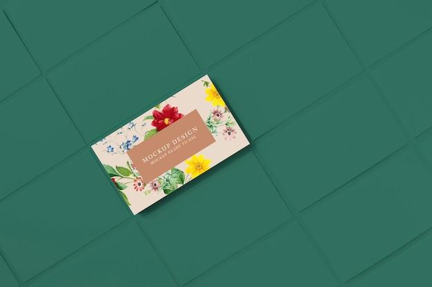 Цветочный макет шаблона визитной карточки