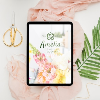Flower shop invitation concept mock-up