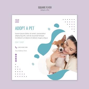Tema flyer con adozione di animali domestici