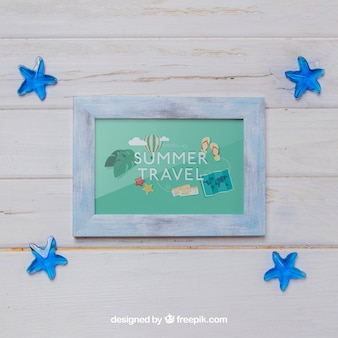 Frame and blue mini starfishes